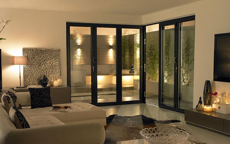 Corner apartment aluminium bifold doors